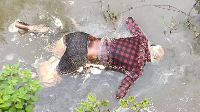 Four to five days old corpse found in water along Raj Marg